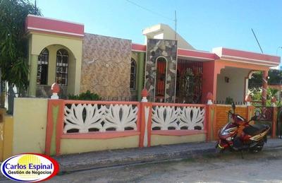 Casa De Venta En Higuey, República Dominicana Cv-088