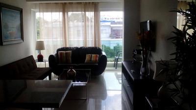 Alquilo Apartamneto Amueblado En Torre Moderna En Gazcue