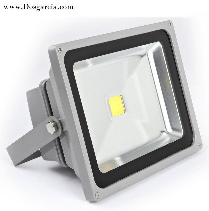 L mparas reflectores led desde 10w ha 500w en for Lamparas de led para exteriores